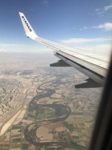 Ryanair over the Ebro River coming into to Zaragoza