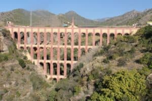 Acueducto del Águila (Eagle Aqueduct)